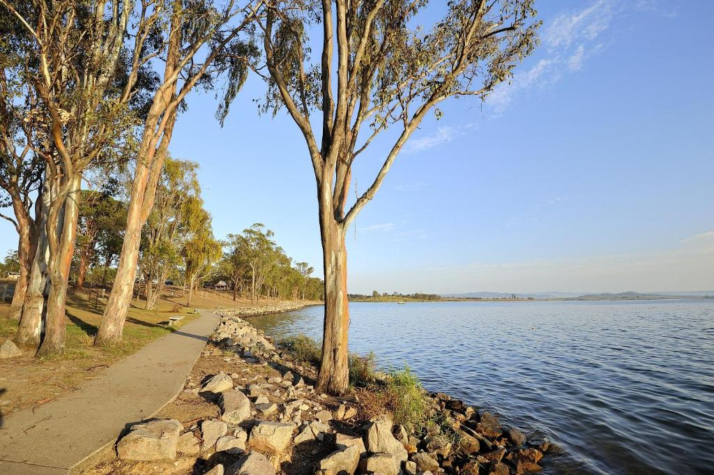 NRMA Lake Somerset Holiday Park