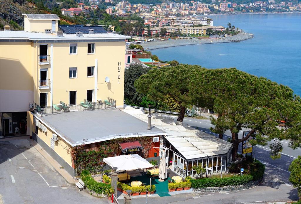 Hotel Puntabella с высоты птичьего полета