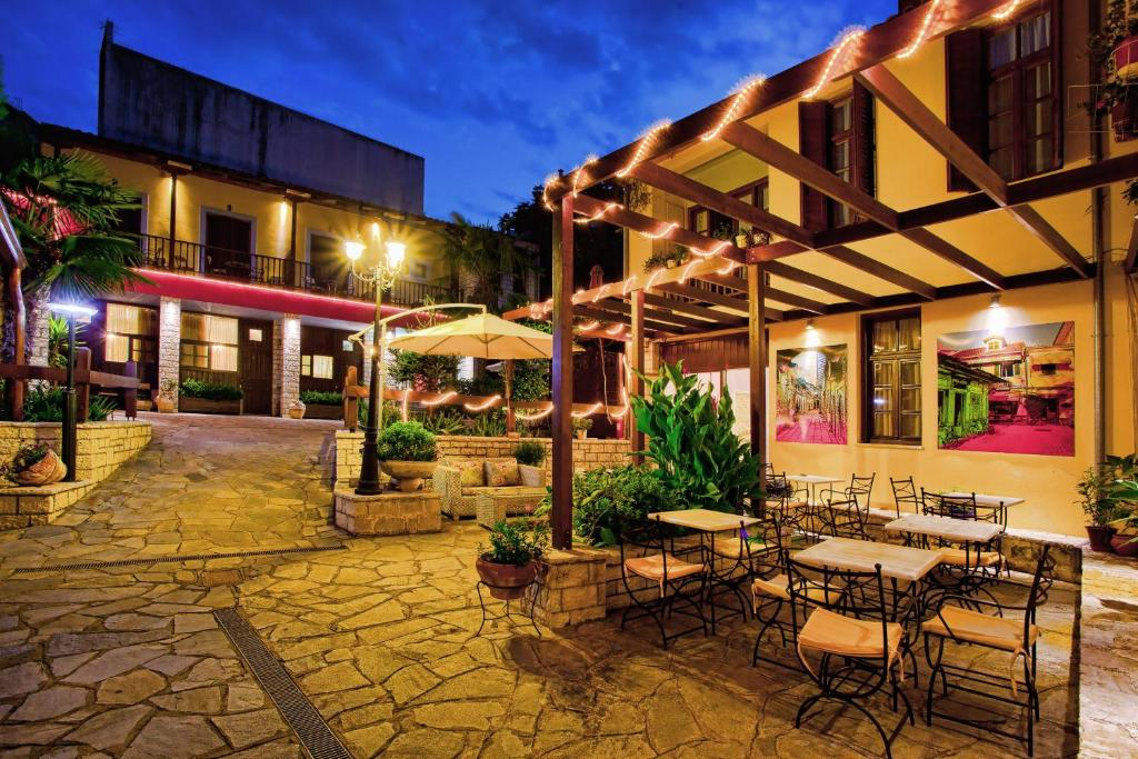 Εστιατόριο ή άλλο μέρος για φαγητό στο Πολιτεία