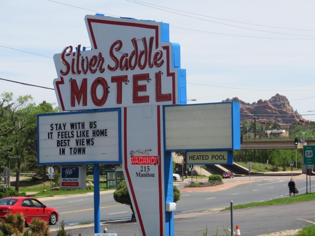 Silver Saddle Motel