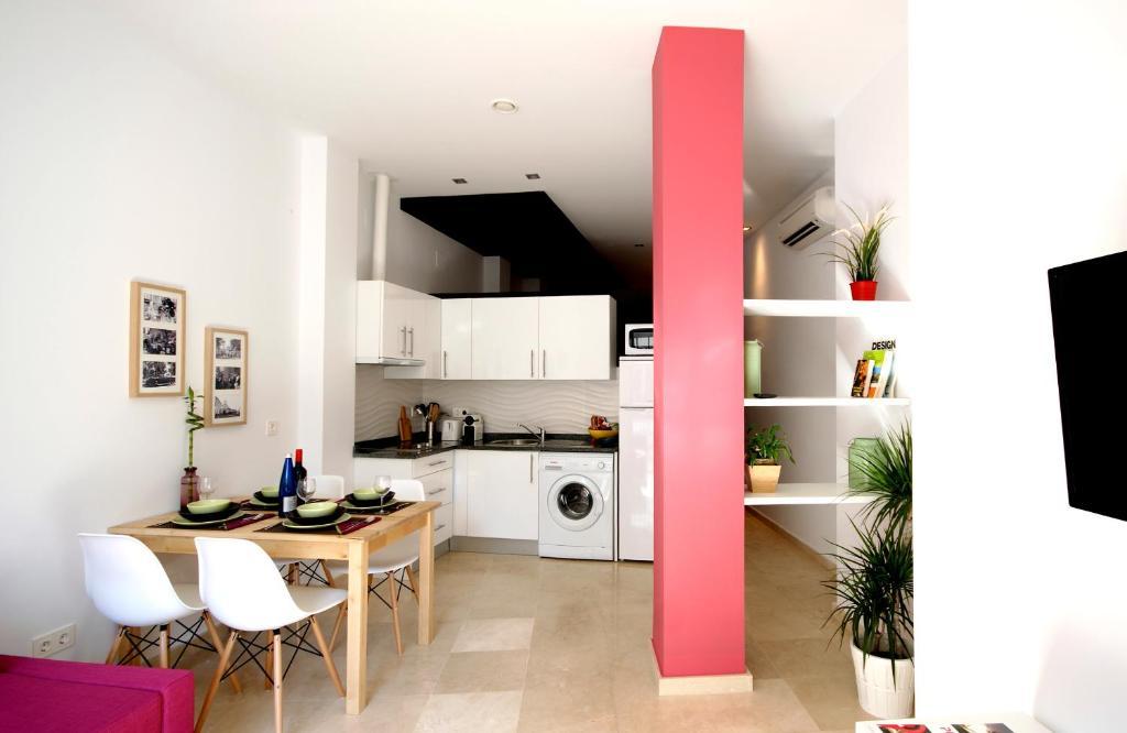 Una cocina o zona de cocina en Apartamentos PuntoApart Cerrojo