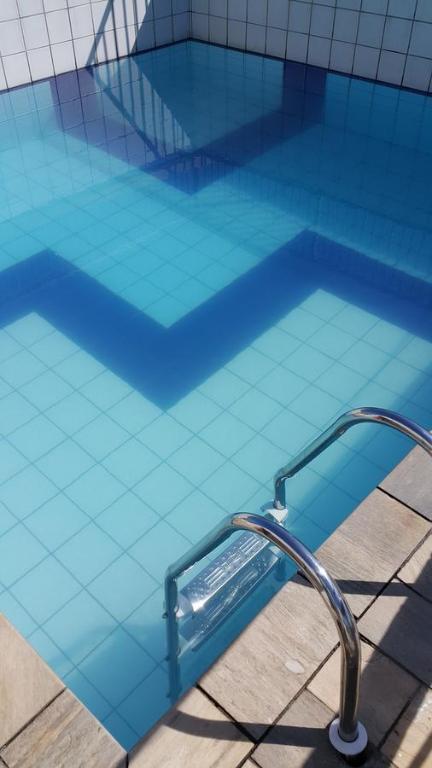 A piscina localizada em Dom Pedro 55 ou nos arredores
