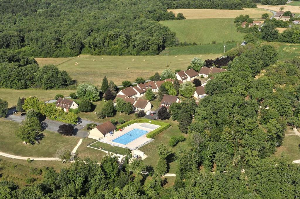 A bird's-eye view of VVF Villages « Le Parc des Chênes » Sorges-en-Périgord