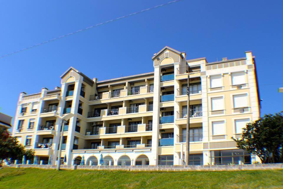 Apartamento Lexus Beira Mar
