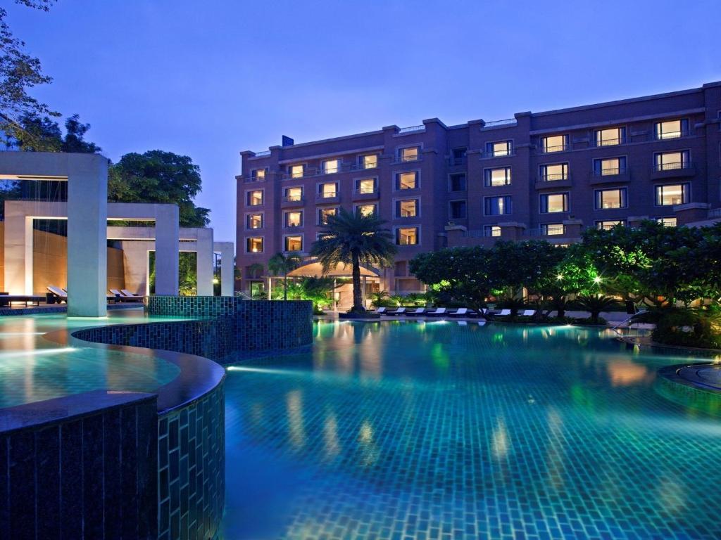 The swimming pool at or close to Radisson Blu Plaza Delhi Airport