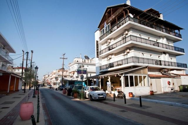 Nepheli Paralia Katerinis, Greece