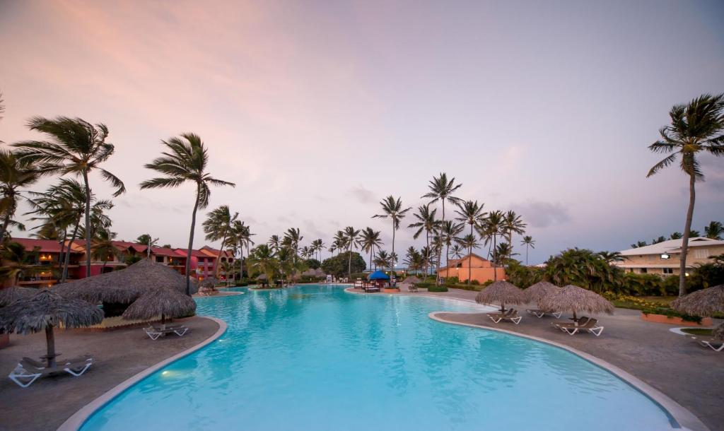 The swimming pool at or near Punta Cana Princess All Suites Resort and Spa - Adults Only - All Inclusive