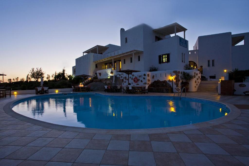 The swimming pool at or near Naxos Kalimera Apartments