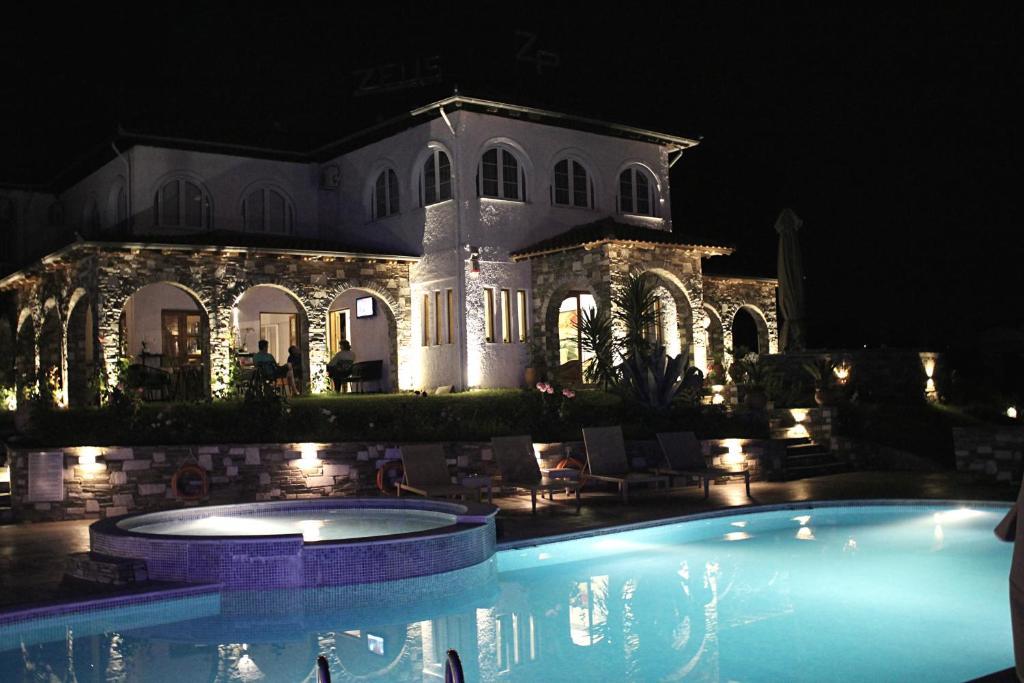 Zeus Hotel Platamonas, Greece
