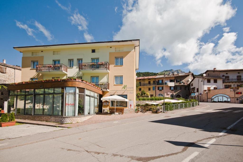 Hotel Martinelli Ronzo Chienis, Italy