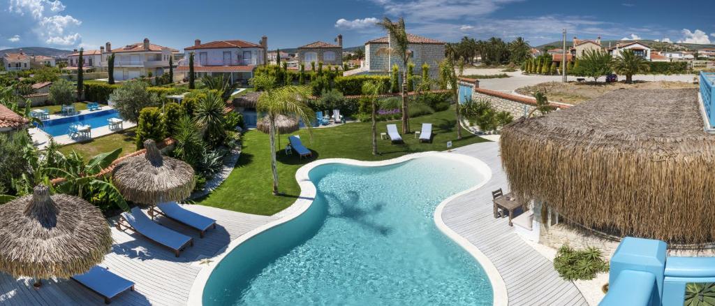 Vue sur la piscine de l'établissement La Vela Hotel - Adult Only ou sur une piscine à proximité