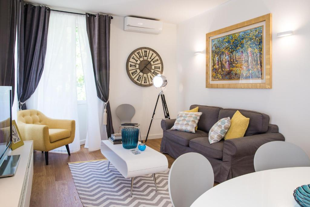 Rent in Rome Apartments, Italy - Booking.com