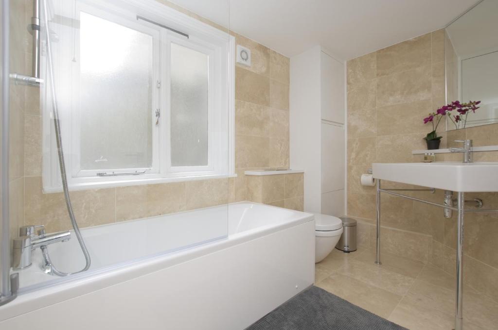 Ett badrum på SACO Marylebone - Gloucester Place