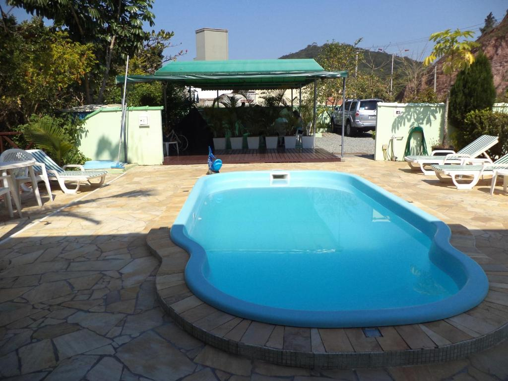 The swimming pool at or close to Hotel Pousada Reimar