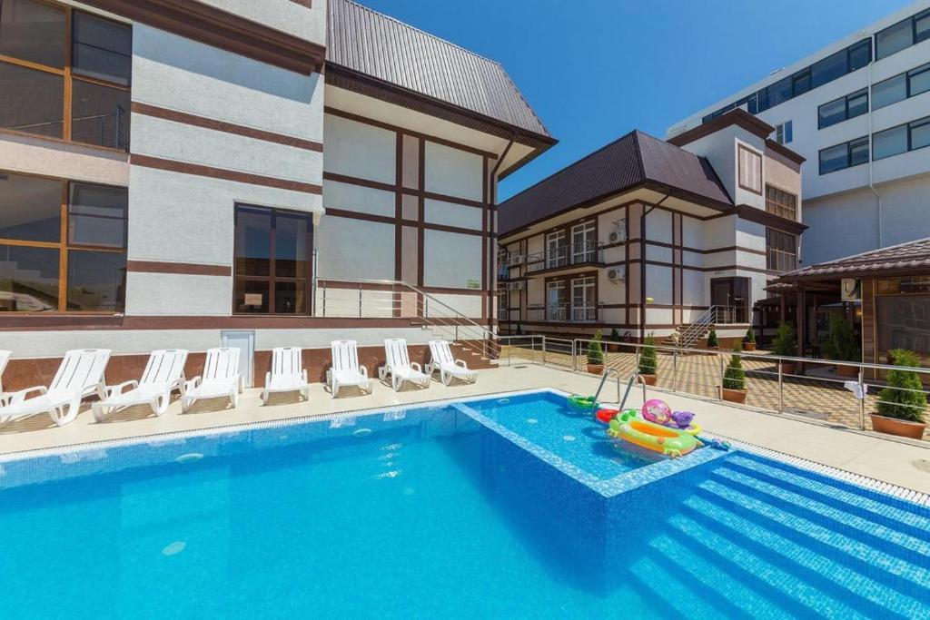 The swimming pool at or close to Hotel Venera 4