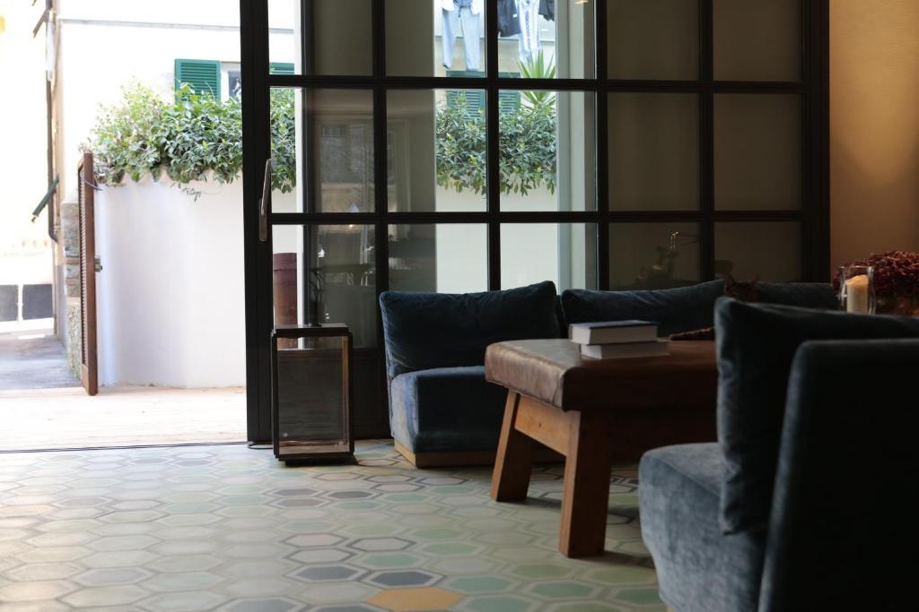 A seating area at Hotel Blu di Te