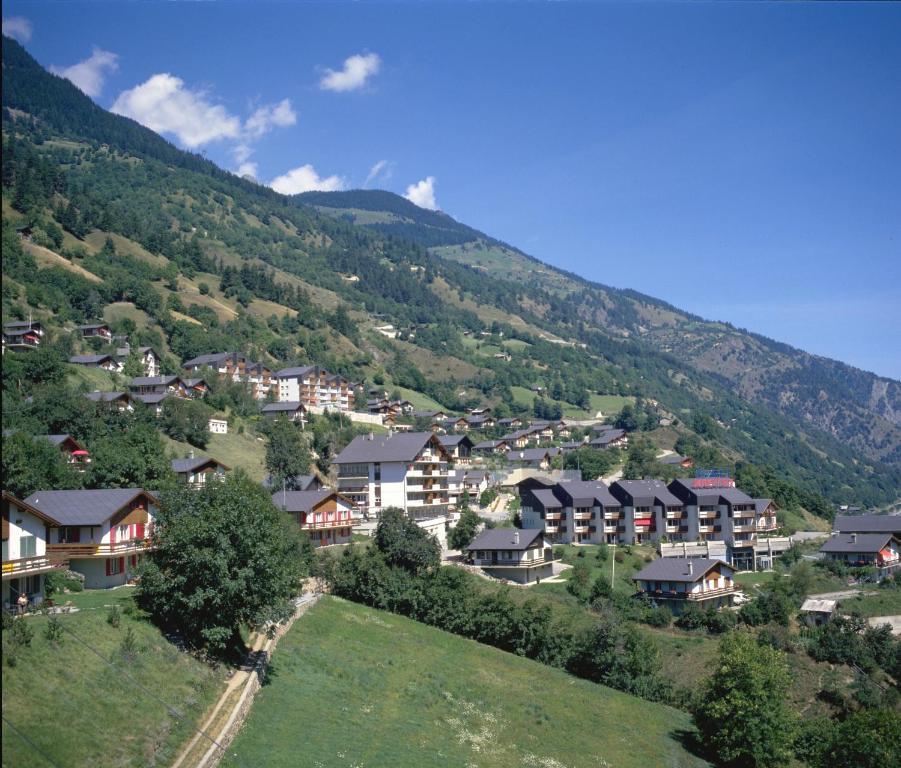 Vue panoramique sur l'établissement Village Apartments Breiten