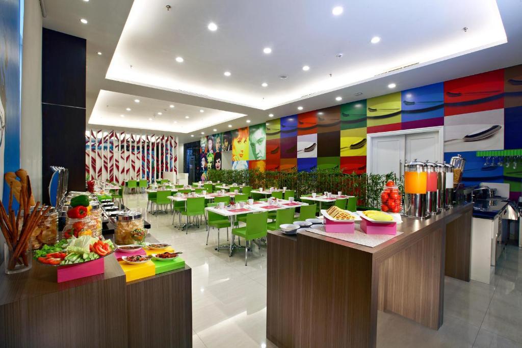 Favehotel Zainul Arifin Gajah Mada Jakarta 7 9 10 Updated 2021 Prices