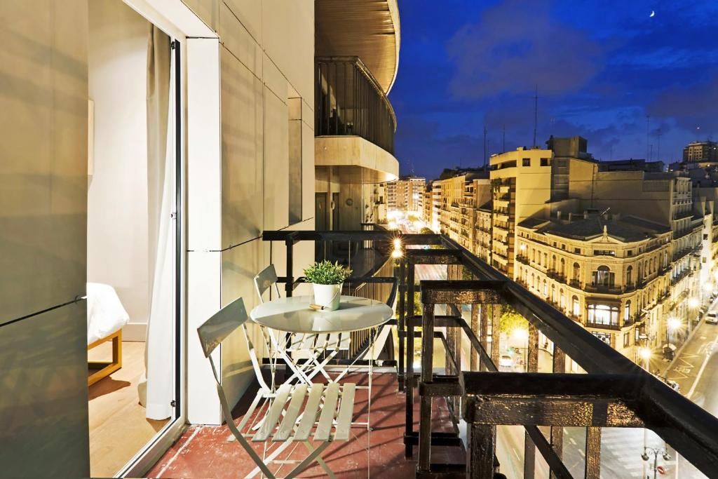 A balcony or terrace at One Shot Colón 46