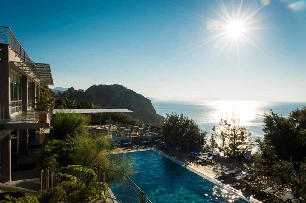 The swimming pool at or near Labranda Loryma Resort