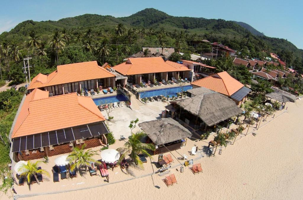 A bird's-eye view of Peace Paradise Beach
