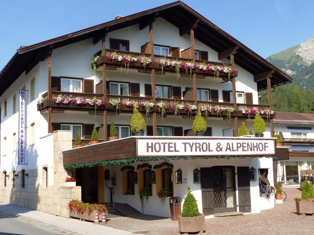 Hotel Tyrol-Alpenhof
