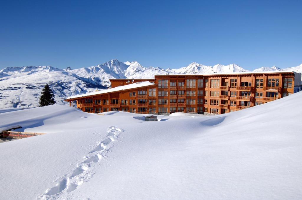Appart'Hotel Prestige Odalys Eden during the winter