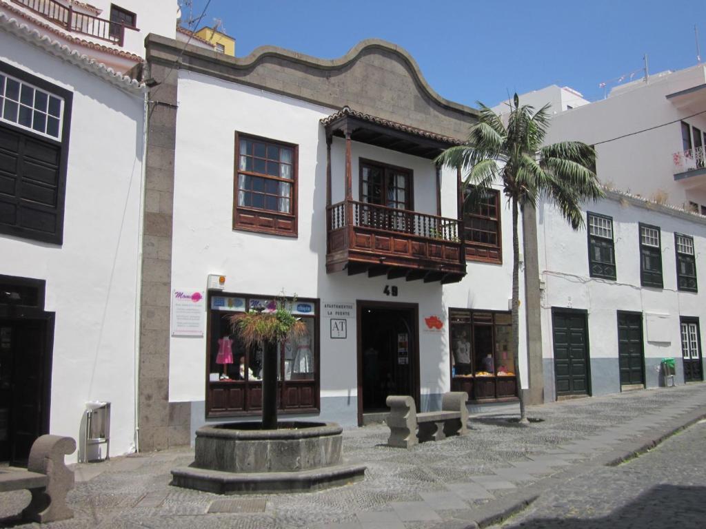 Apartamentos La Fuente - Laterooms