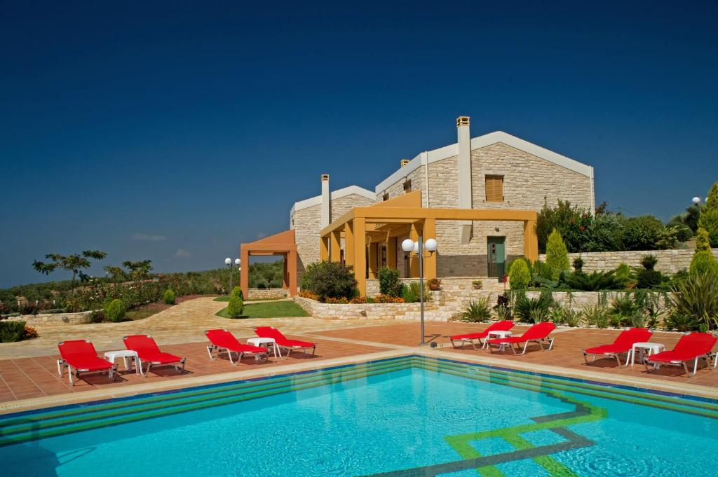 The swimming pool at or close to Enastron Villas