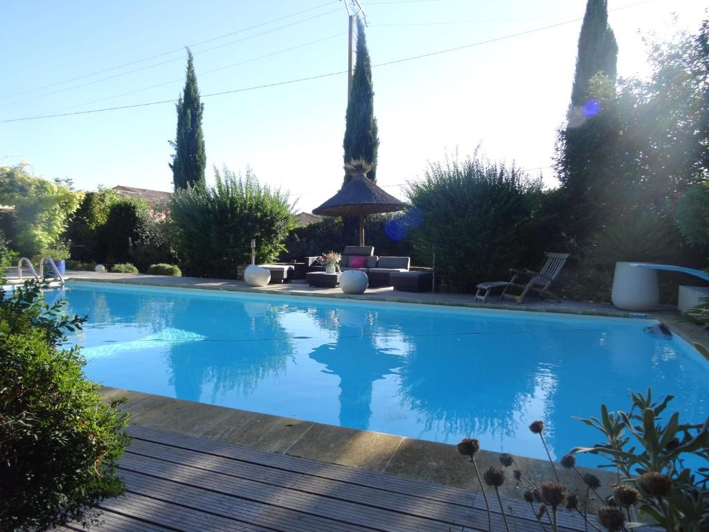 The swimming pool at or near Mas D'Ange en Provence