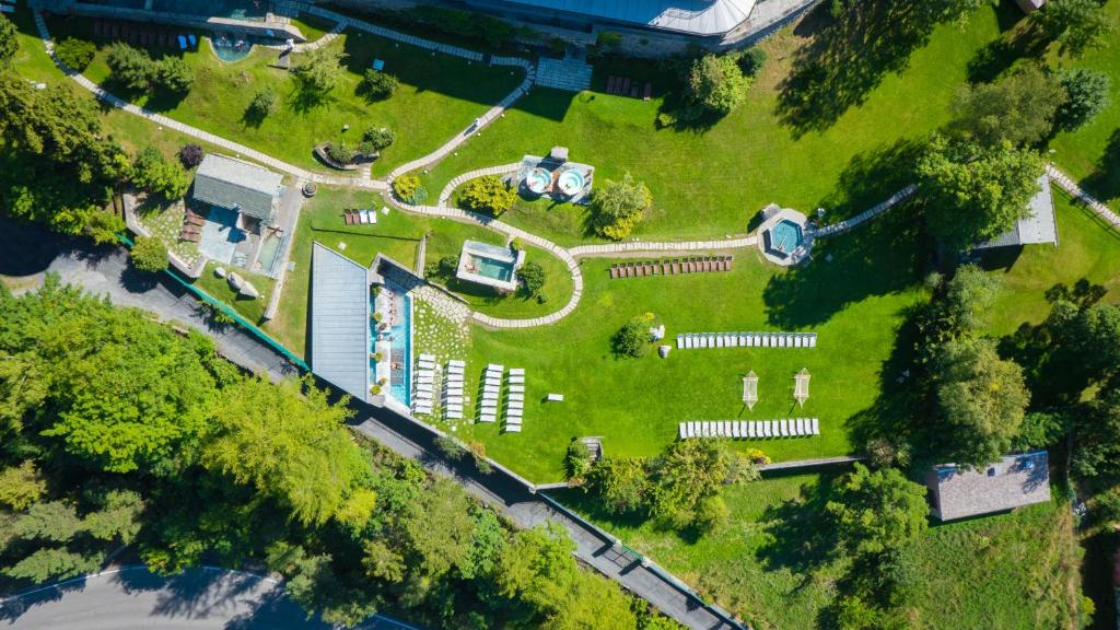 A bird's-eye view of QC Terme Grand Hotel Bagni Nuovi