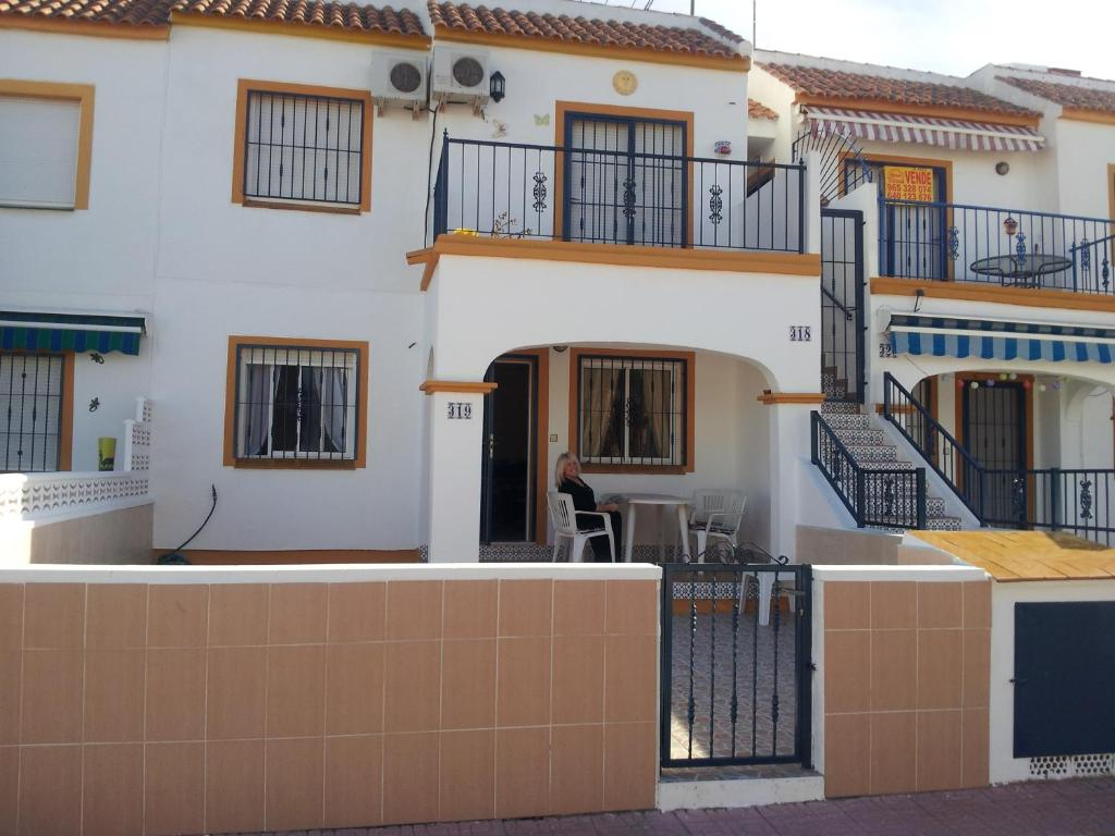 Kings-Holiday Apartment Spain 1
