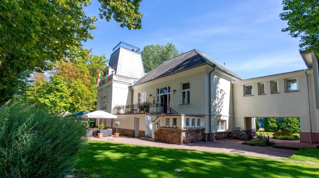 Fonix Hotel Balatonfoldvar, Hungary