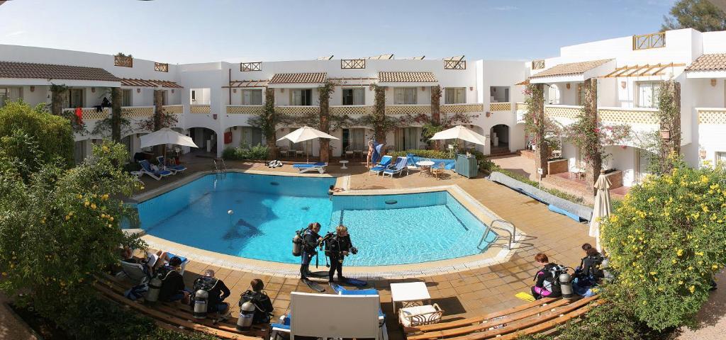 منظر المسبح في كاميل دايف كلوب آند هوتيل - فندق بوتيكي او بالجوار