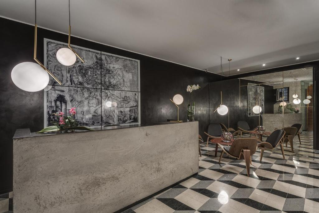 The lobby or reception area at Navona Theatre Hotel