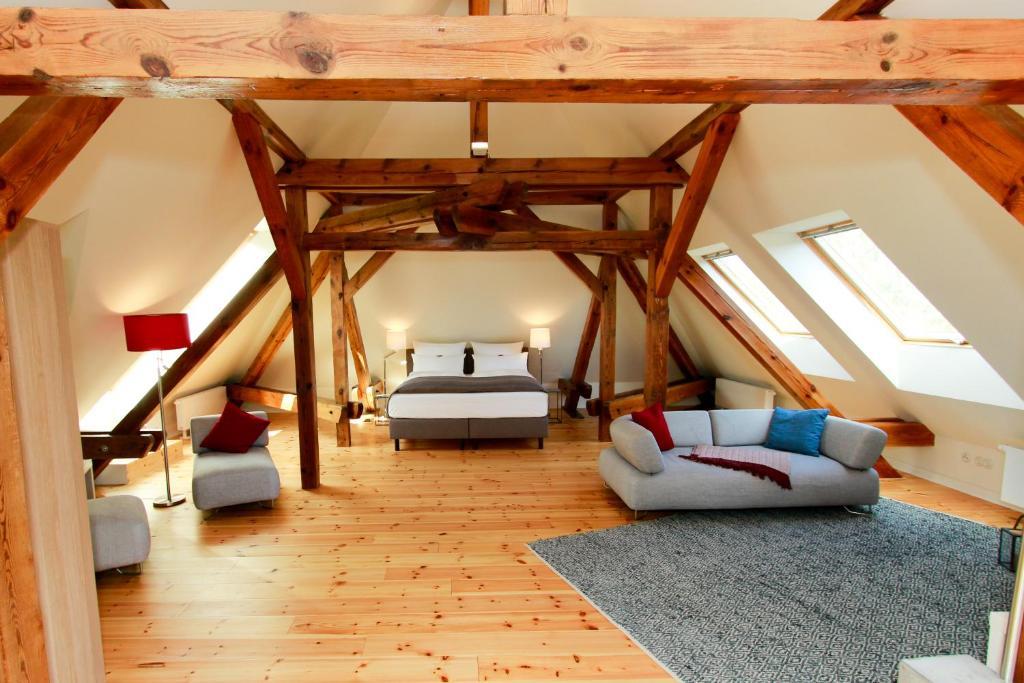 Ein Etagenbett oder Etagenbetten in einem Zimmer der Unterkunft Ferienwohnungen Bahnhof Werder