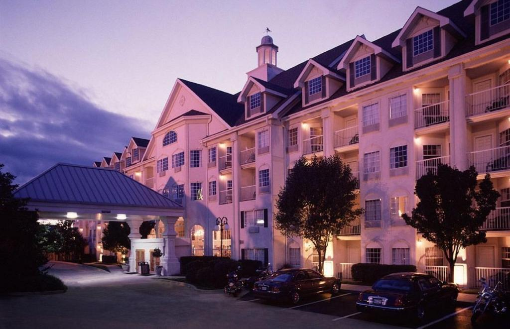 Hotel Grand Victorian Branson Updated 2021 Prices