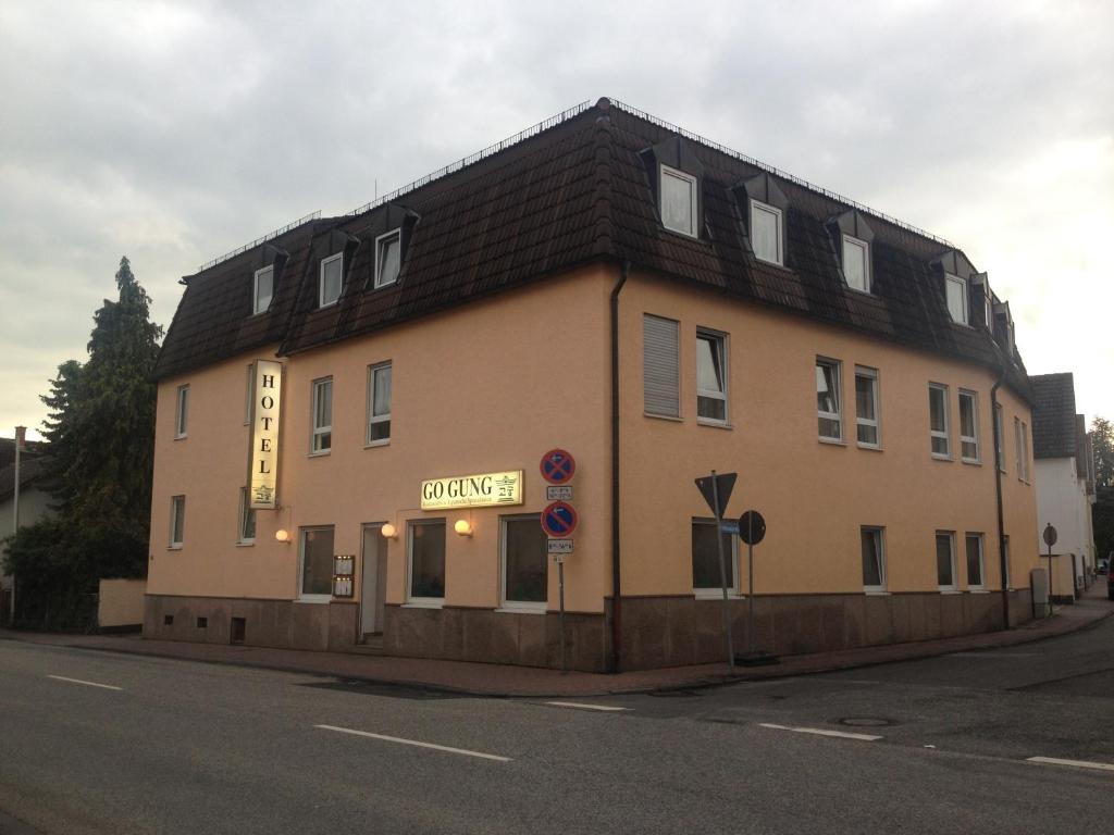 Lady aus Steinbach (Taunus)