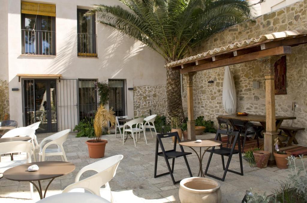 Un restaurante o sitio para comer en La Baranda