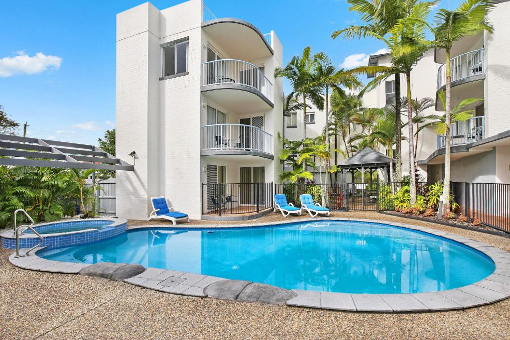 The swimming pool at or near Beachside Mooloolaba