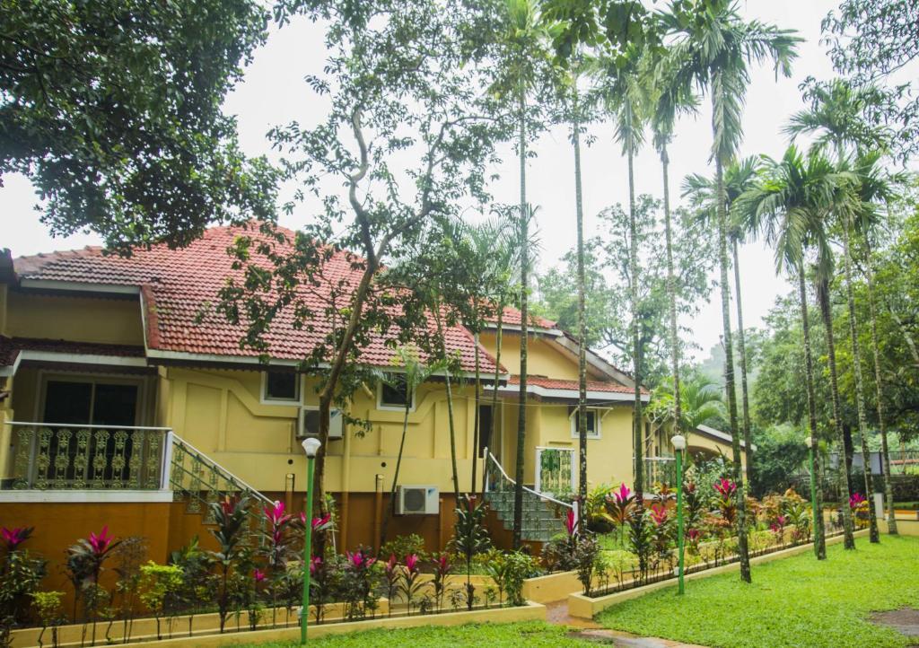 Zaras Resort Khandala