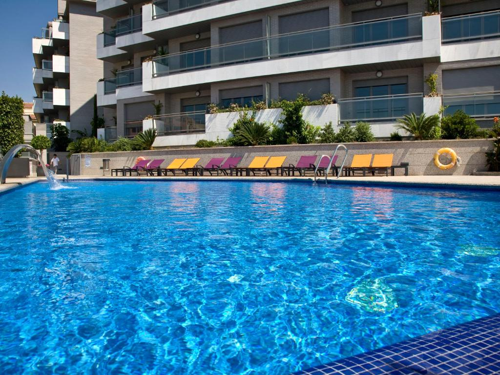 The swimming pool at or near ArtPlatinum Suites & Apartments
