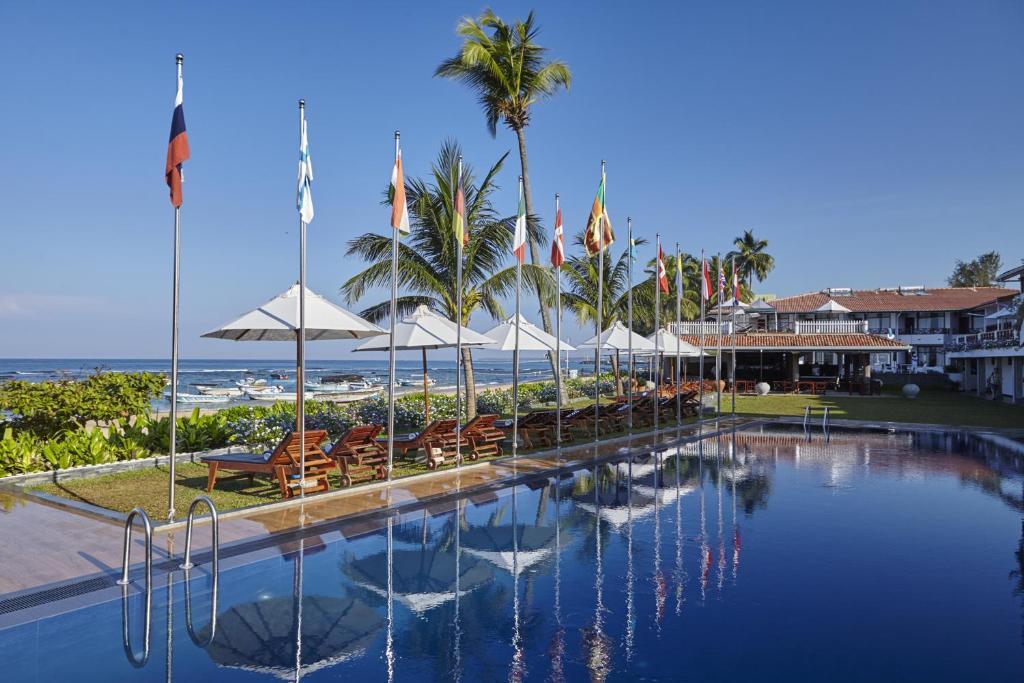 Бассейн в Coral Sands Hotel или поблизости