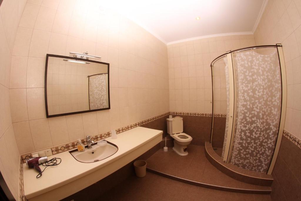 A bathroom at Uyut