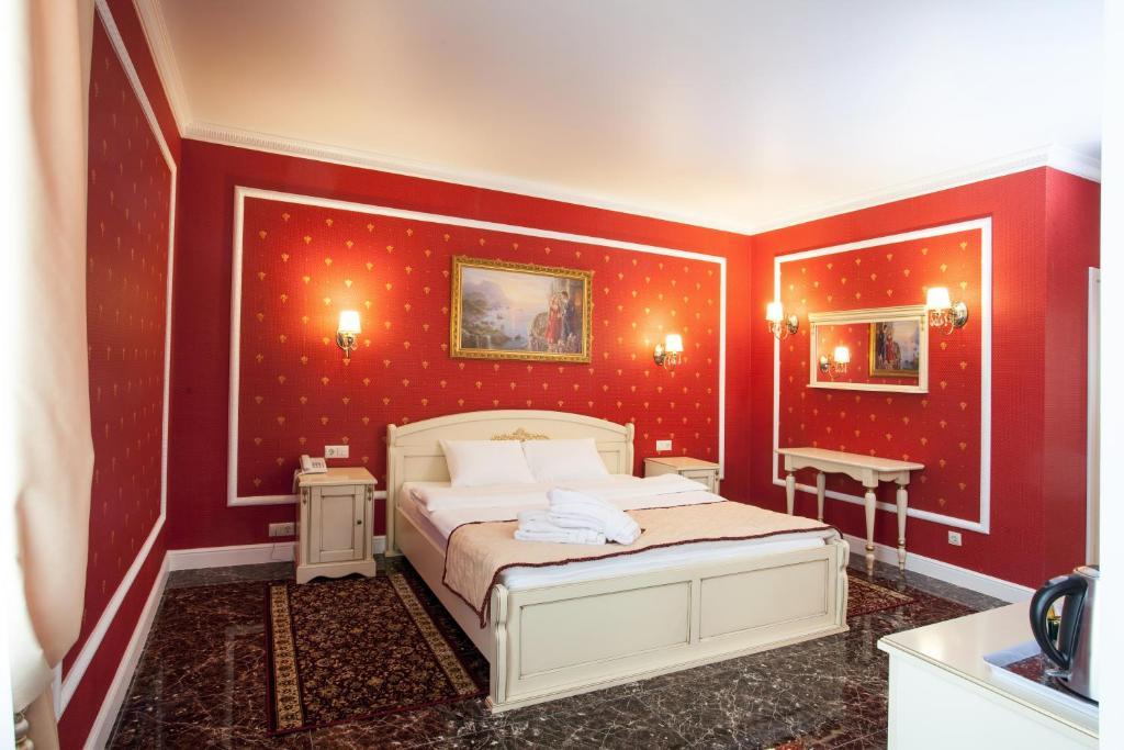 Кровать или кровати в номере Chapaev
