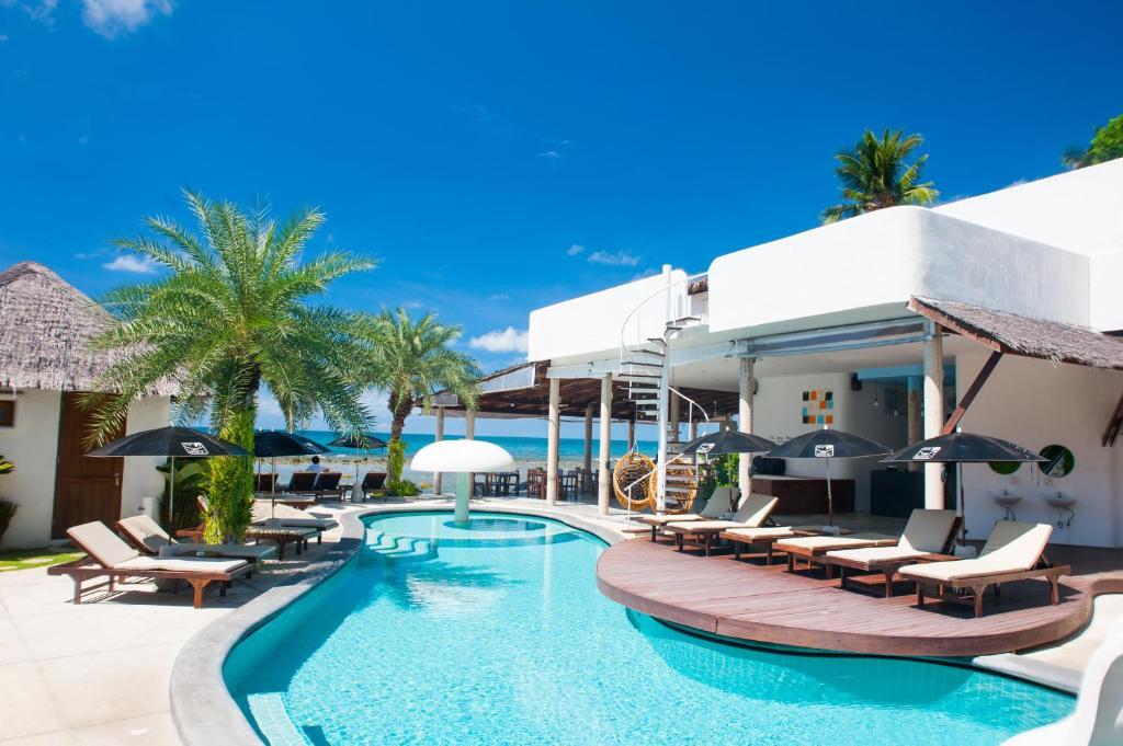 The swimming pool at or near Lazy Days Samui Beach Resort