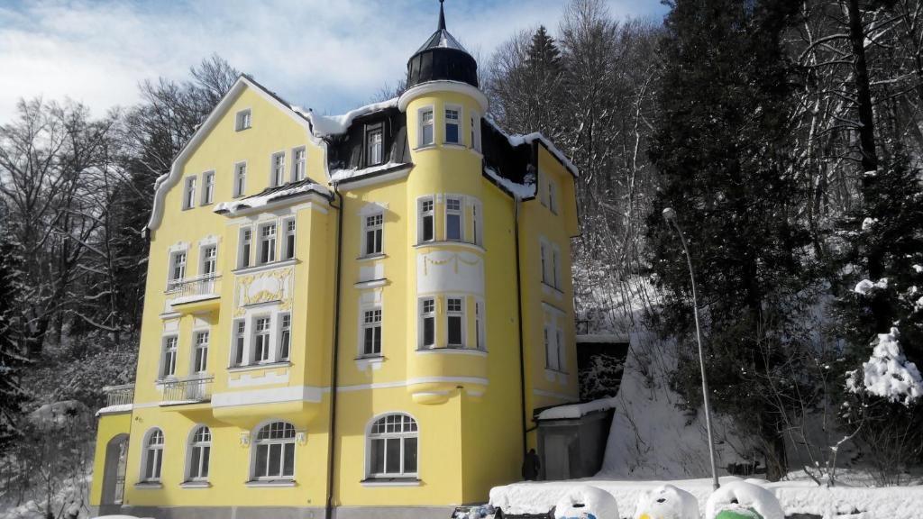 Hotel Vera during the winter