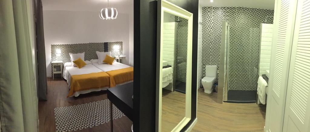 Una habitación en Hotel Campoblanco