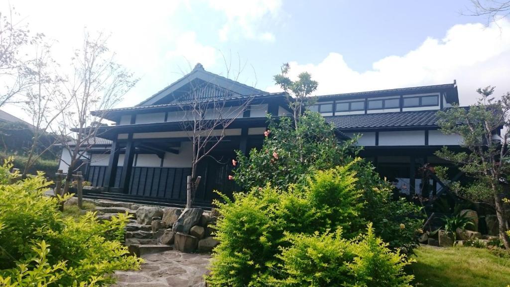 A garden outside Jomon no Yado Manten