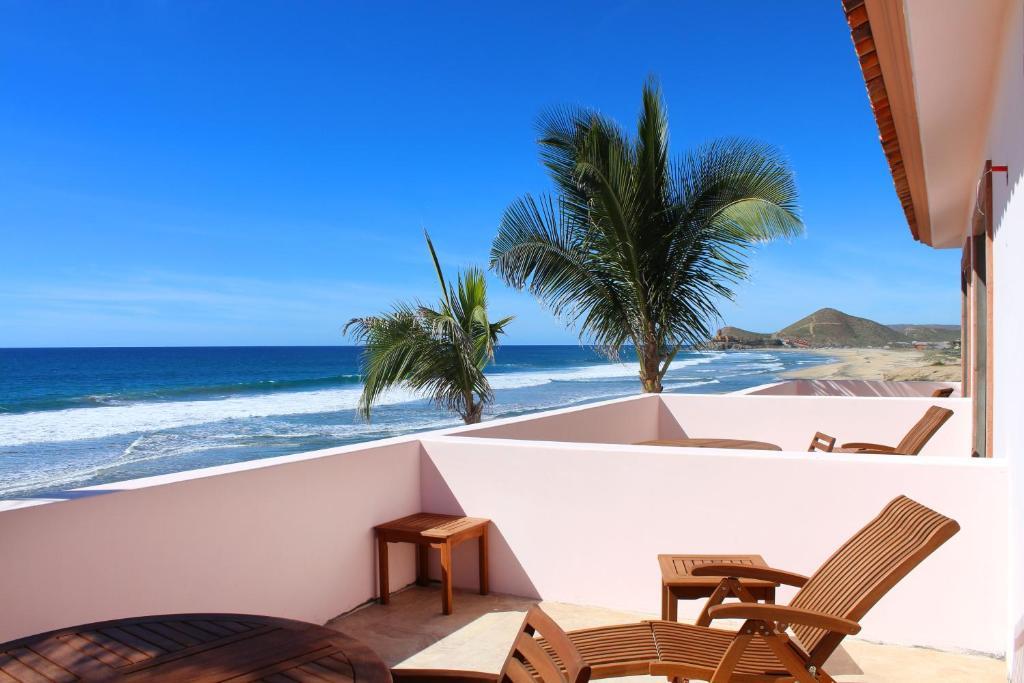 A balcony or terrace at Cerritos Beach Inn